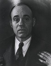 Sargent Claude Johnson, 1888-1968. Credit: Consuelo Kanaga - Brooklyn Museum.