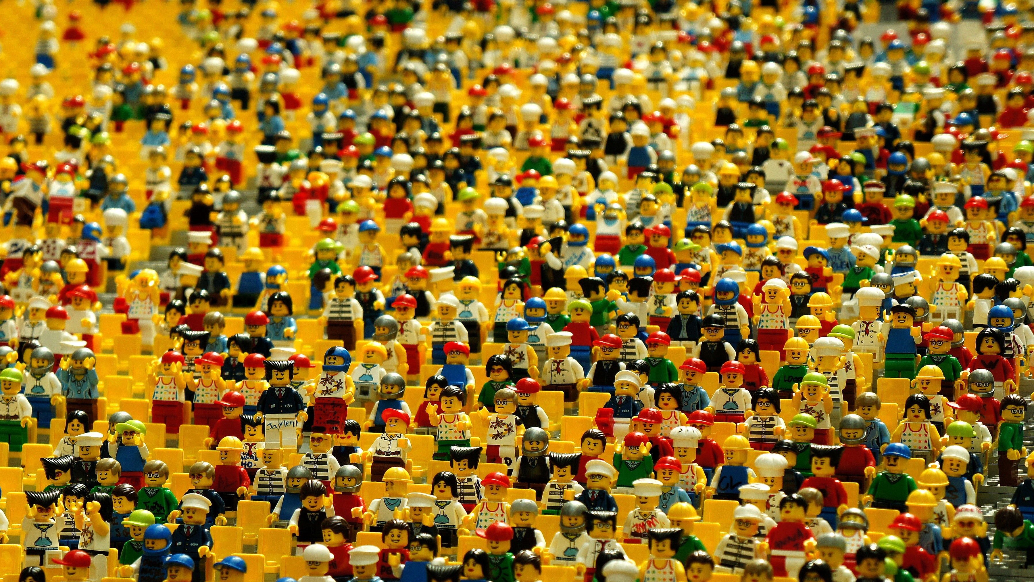 Sea of unidentified lego people